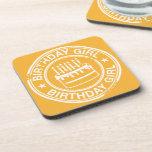 Chica del cumpleaños - efecto blanco del sello de  posavasos