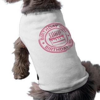 Chica del cumpleaños - efecto rosado del sello de  camiseta de perro