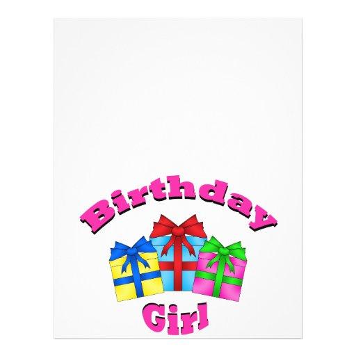 """Chica del cumpleaños en rosa con los presentes folleto 8.5"""" x 11"""""""