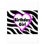 Chica del cumpleaños (rayas de la cebra del corazó postal