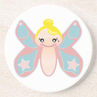 chica del duendecillo de la mariposa posavasos de arenisca