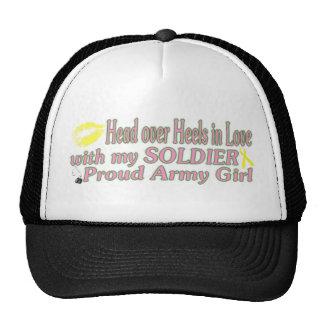 Chica del ejército gorras