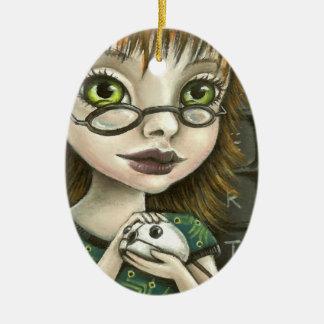 chica del friki y su ratón del mascota adorno ovalado de cerámica