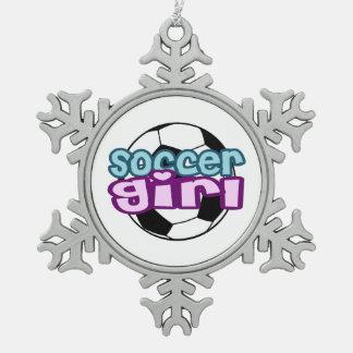 Chica del fútbol adorno de peltre en forma de copo de nieve