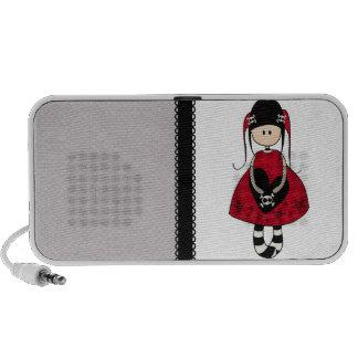 Chica del gótico en vestido rojo iPod altavoces