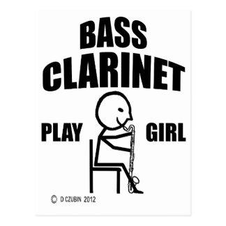 Chica del juego del clarinete bajo postal