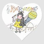 Chica del Karaoke Calcomania De Corazon