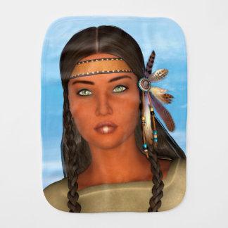 Chica del nativo americano paños para bebé