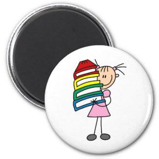 Chica del palillo con los libros imán redondo 5 cm