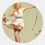 Chica del Pin-Para arriba del tiro al arco Pegatina Redonda