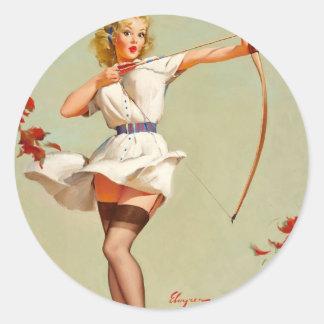 Chica del Pin-Para arriba del tiro al arco Etiqueta Redonda