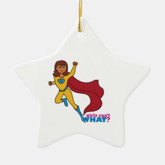 Chica del super héroe adorno navideño de cerámica en forma de estrella