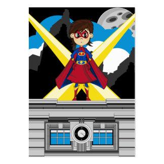 Chica del super héroe en tejado plantilla de tarjeta de visita