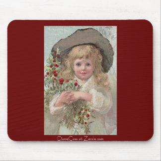 Chica del Victorian con acebo del navidad Mouse Pads