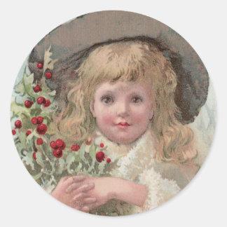 Chica del Victorian con acebo del navidad Pegatina Redonda