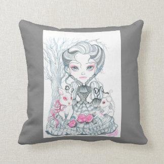 Chica del Victorian en almohada rosada y gris del