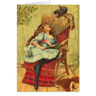 Chica del Victorian que lee un libro con su gato Tarjeta De Felicitación
