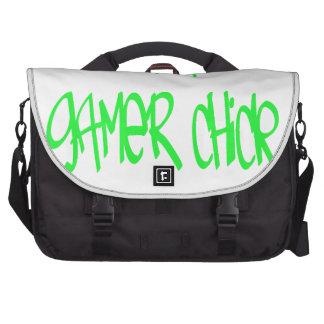 Chica del videojugador verde bolsas para ordenador