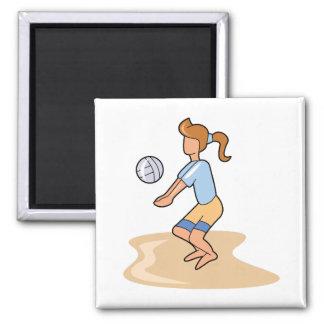 chica del voleibol de playa imán cuadrado