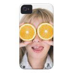 chica divertido con los naranjas iPhone 4 Case-Mate carcasas