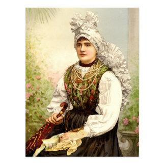 Chica en el traje nativo de Carniola, Austro-Hungr Postales
