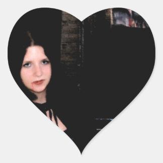 Chica en la oscuridad pegatinas de corazon personalizadas