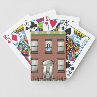 Chica en naipes baraja cartas de poker