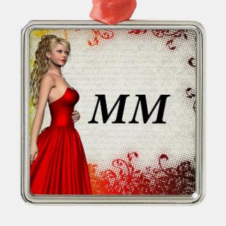 Chica en vestido rojo adorno cuadrado plateado