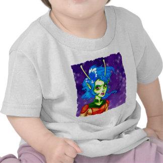 Chica extranjero del invasor camiseta