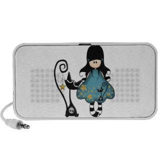 Chica femenino del gótico con el gato negro mp3 altavoces