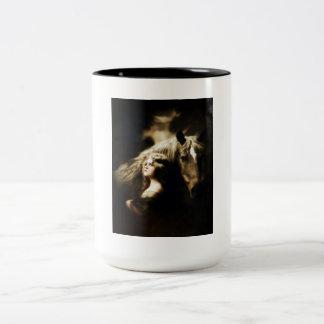 Chica gitano del vintage con el caballo tazas de café