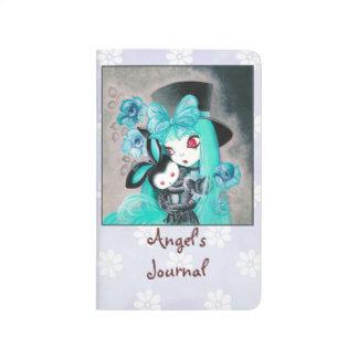 Chica gótico dulce con el conejito cuadernos