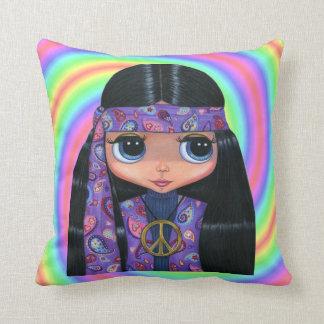Chica grande del Hippie del ojo en Paisley púrpura Cojín Decorativo