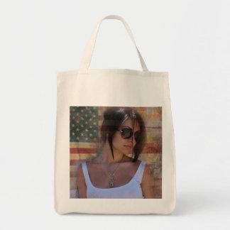 chica hermoso en el bolso bolsa tela para la compra