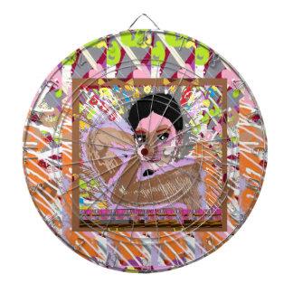CHICA IDEAL:  Tablero de dardo