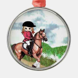 Chica inglés del montar a caballo adorno redondo plateado