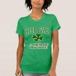 Chica irlandés: Compinche de consumición Camisetas