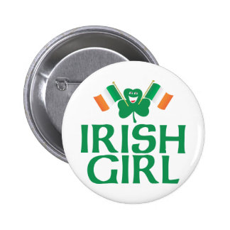 Chica irlandés con las banderas irlandesas pin redondo de 2 pulgadas