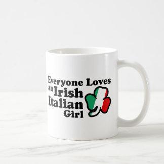 Chica italiano irlandés taza clásica