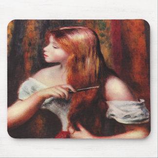 Chica joven de Renoir que peina su cojín de ratón  Alfombrillas De Ratones