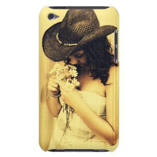 Chica joven del país con las margaritas funda para iPod