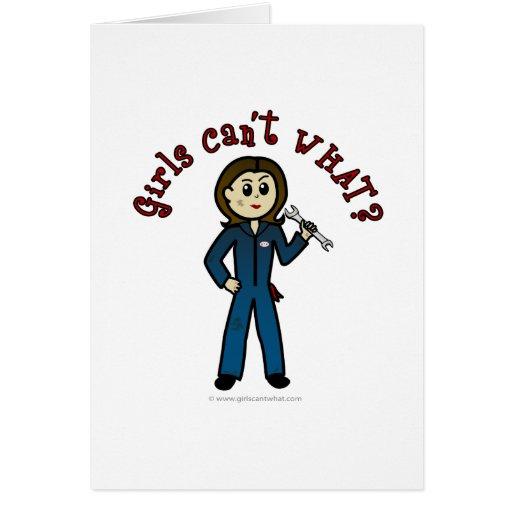Chica ligero del mecánico tarjeta de felicitación