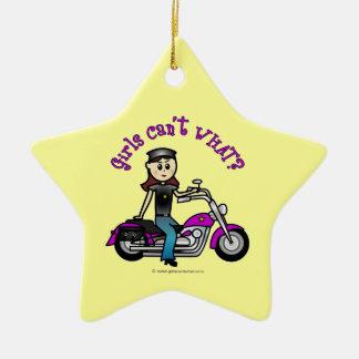 Chica ligero del motorista adorno navideño de cerámica en forma de estrella