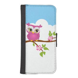 Chica lindo del búho en los casos de la rama de fundas cartera de iPhone 5