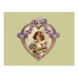 Chica lindo del vintage y corazón floral del gatit postal