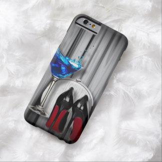 chica marchosa azul de martini de los estiletes funda para iPhone 6 barely there