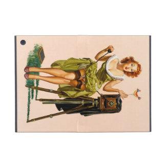Chica modelo de la cámara del vintage iPad mini protectores