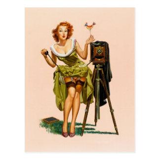Chica modelo de la cámara del vintage postales