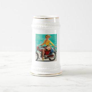 Chica modelo de la motocicleta - arte modelo retro jarra de cerveza