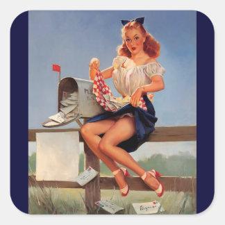 Chica modelo del buzón retro de Gil Elvgren del vi Calcomanías Cuadradas Personalizadas